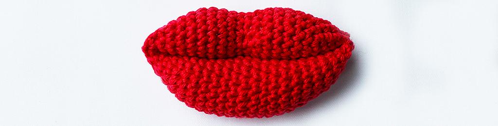 Amigurumi Lips Pattern : Crochet lips and kisses: free crochet pattern