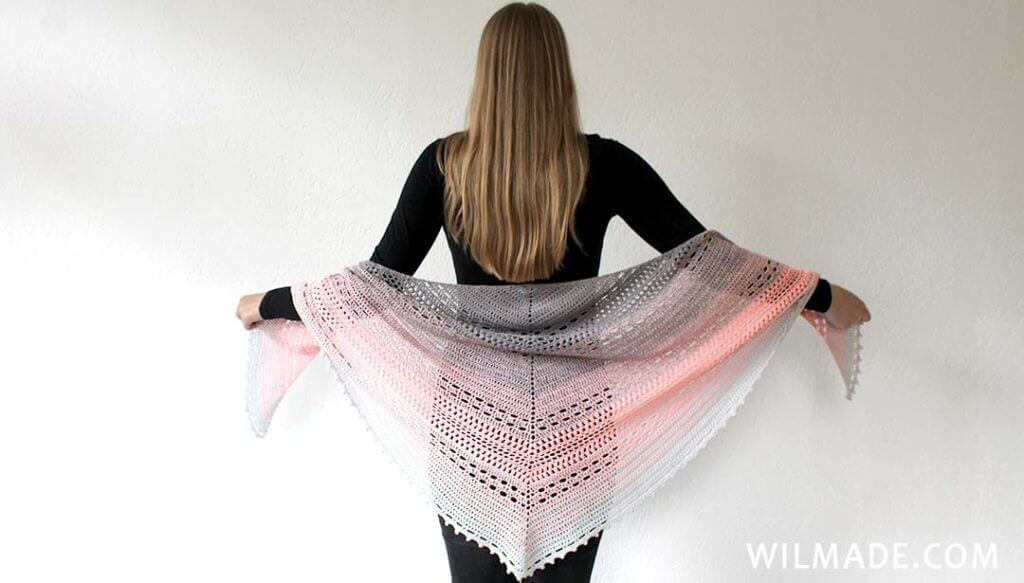 Wilma Westenberg with Bella Vita Shawl free crochet pattern