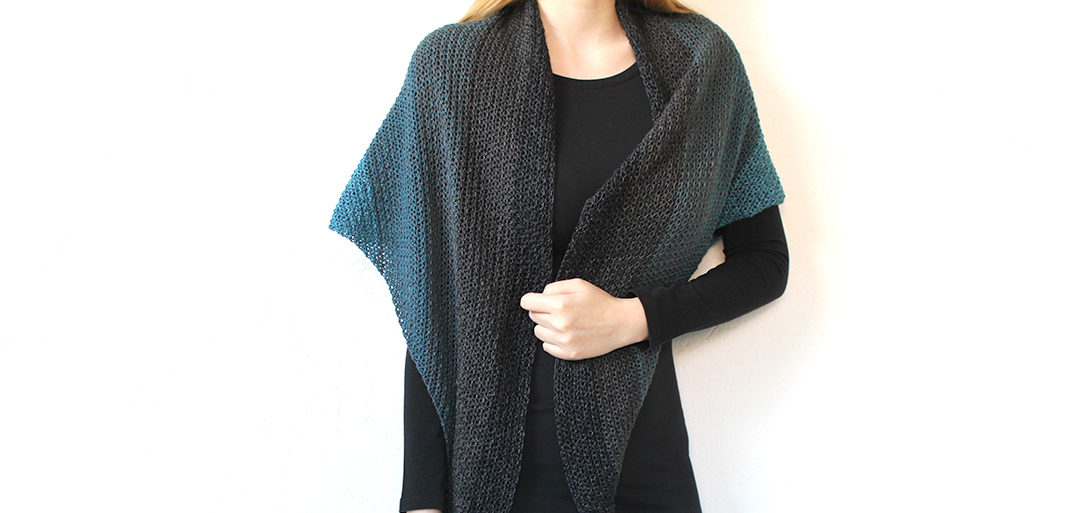 Never Ending Shawl - simple triangle shawl - free crochet pattern with Scheepjes Whirl
