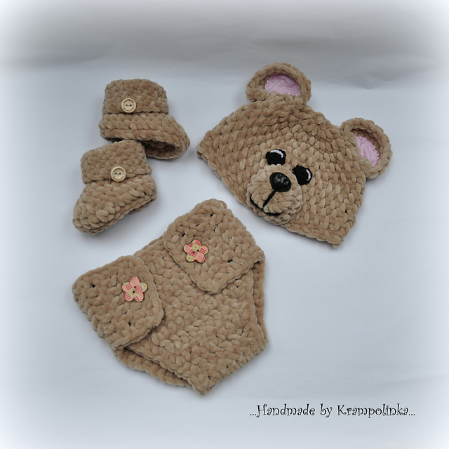 Newborn Set Teddy Bear by Katy Ramil Krampolinka - free baby crochet patterns