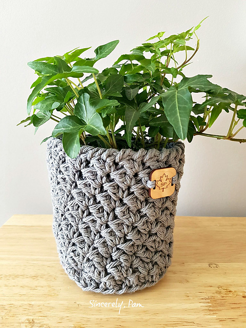 Julie plant Basket by Sincerely Pam Mother's day crochet patterns