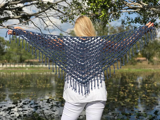 Tender Celeste by Kiristin Omdahl - crochet shawls for summer