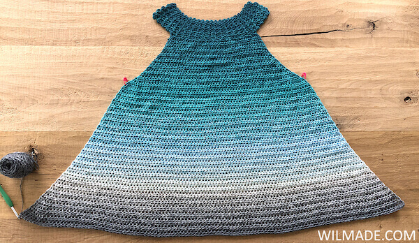 Simple Collar Dress - free crochet dress pattern - before border