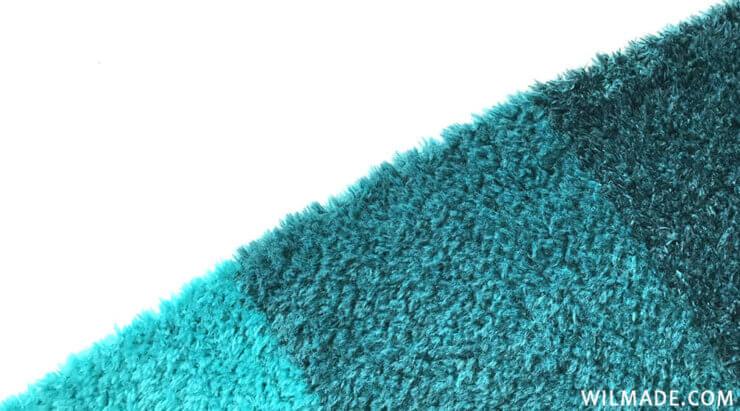 Fluffy crochet triangle shawl - Katia Velour Degrade