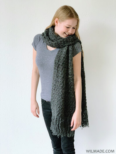 Amazing Andrea Scarf - free beginner-friendly fast crochet scarf pattern with Lionbrand Touch of Alpaca yarn
