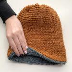 milestone journey hat - free crochet pattern - lionbrand jeans yarn