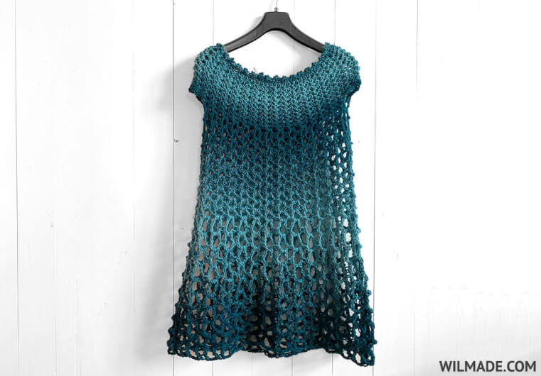 Crochet poncho dress - free crochet pattern - blue yarn katia shadow