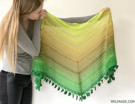 Wish Me Luck Shawl - crochet shamrock shawl - free crochet pattern