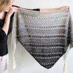 gehaakte driehoek sjaal voor beginners - Pop-Up Sjaal door Wilmade
