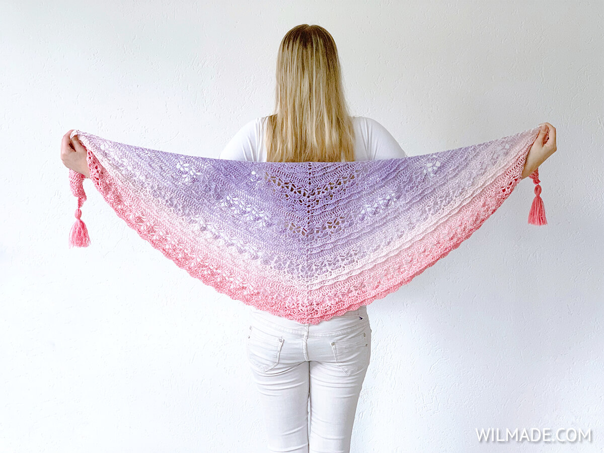 Flower Puff Crochet Shawl tutorial by Wilmade