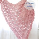Pineapple shawl by Frisian Knitting