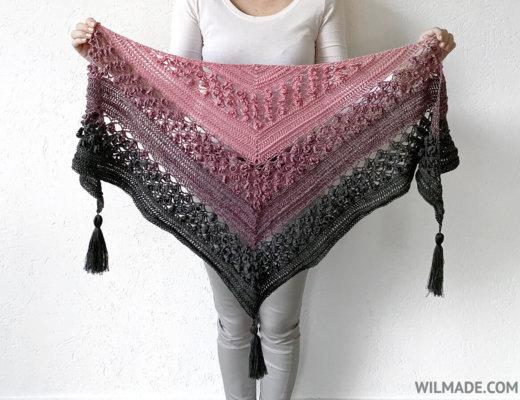 Free crochet flower shawl pattern - Vela Flower Friend Shawll