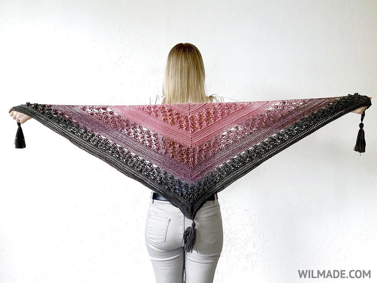 Gehaakte bloemensjaal - gratis haakpatroon door Wilmade
