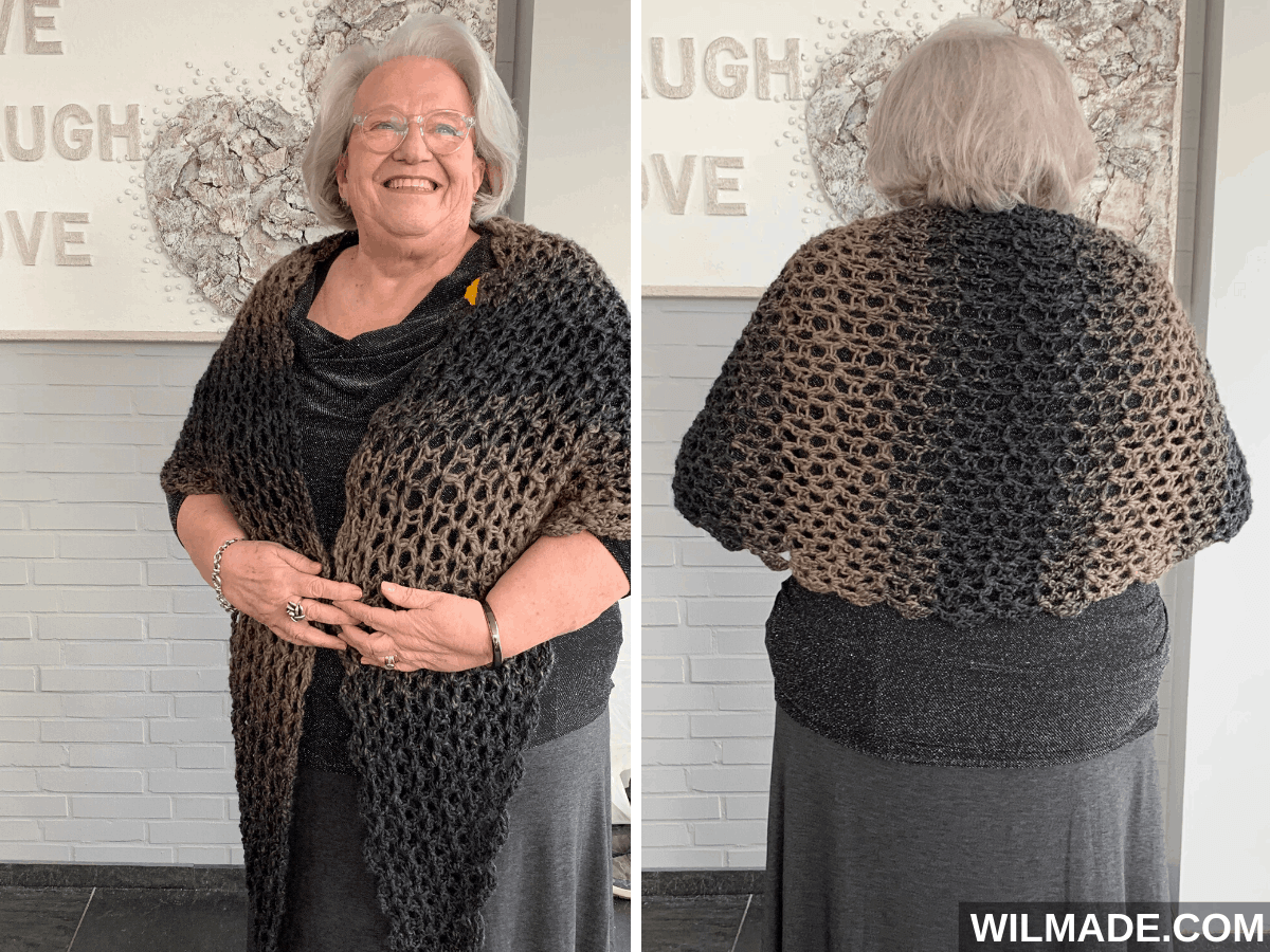 Simple V-stitch shawl with crescent shape - a free crochet pattern made with Lionbrand Scarfie yarn