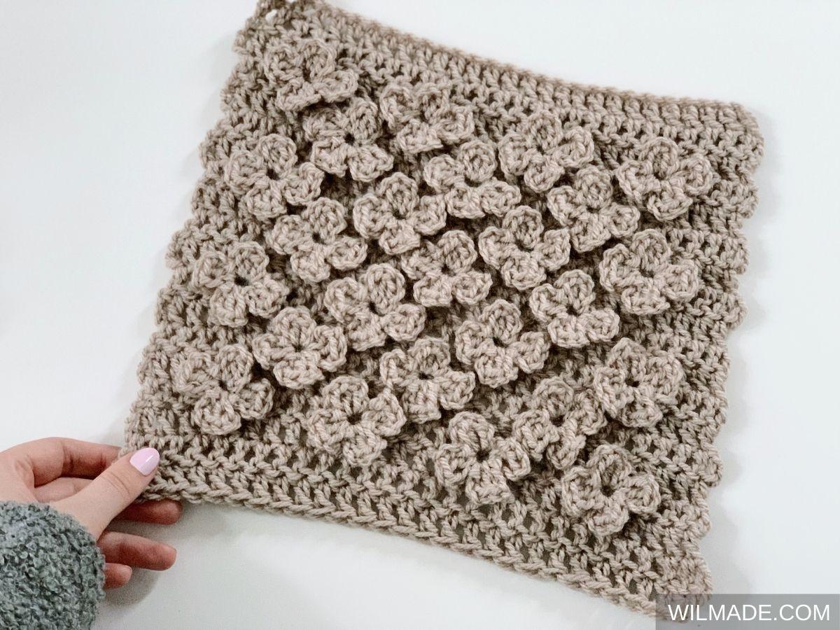 Vela Flower Square beige - free crochet pattern afghan granny square