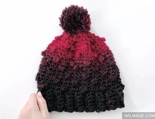 Very berry beanie - free crochet pattern with crochet berry stitch - hat beanie with Lionbrand Scarfie yarn