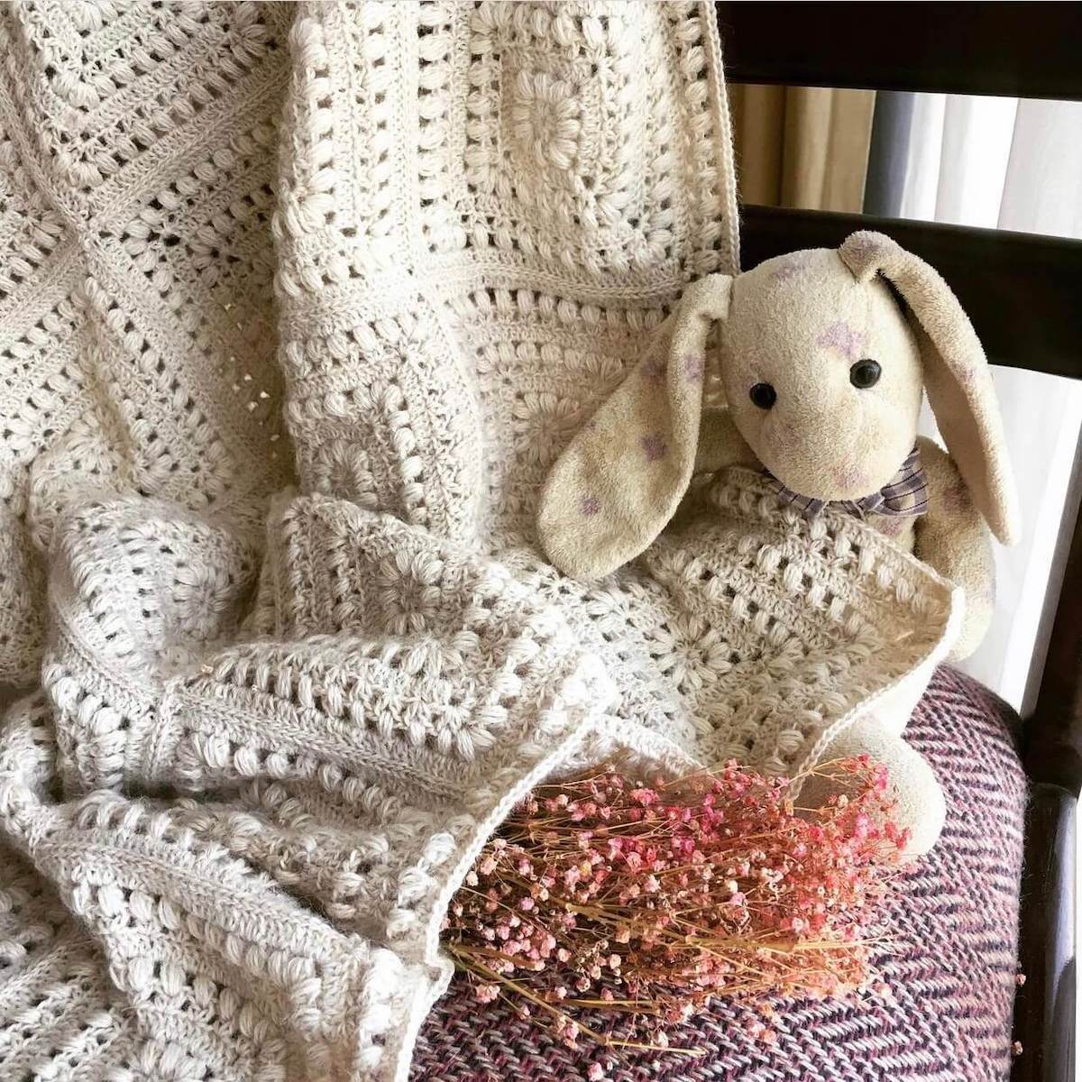 Crochet granny square baby blanket made by trikotreats - free crochet pattern by Wilmade